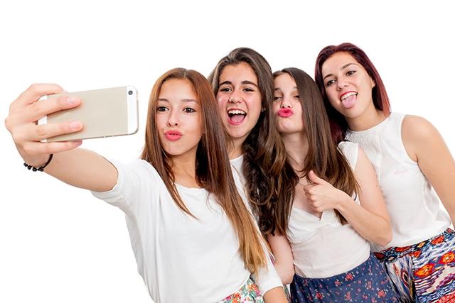 Sự ảnh hưởng của công nghệ đến giới trẻ