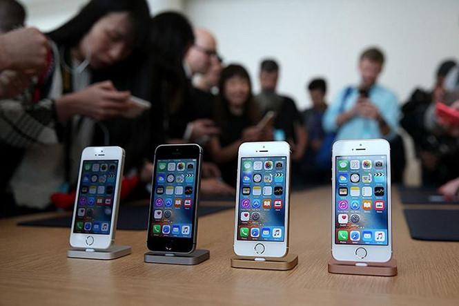 Apple hủy bỏ việc nâng cấp phiên bản iPhone SE